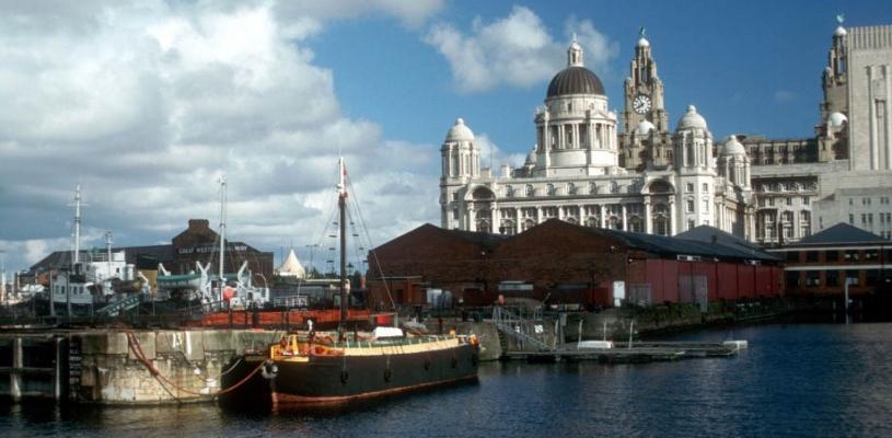 Brytyjski Liverpool – miasto portowe czy ośrodek sztuki.